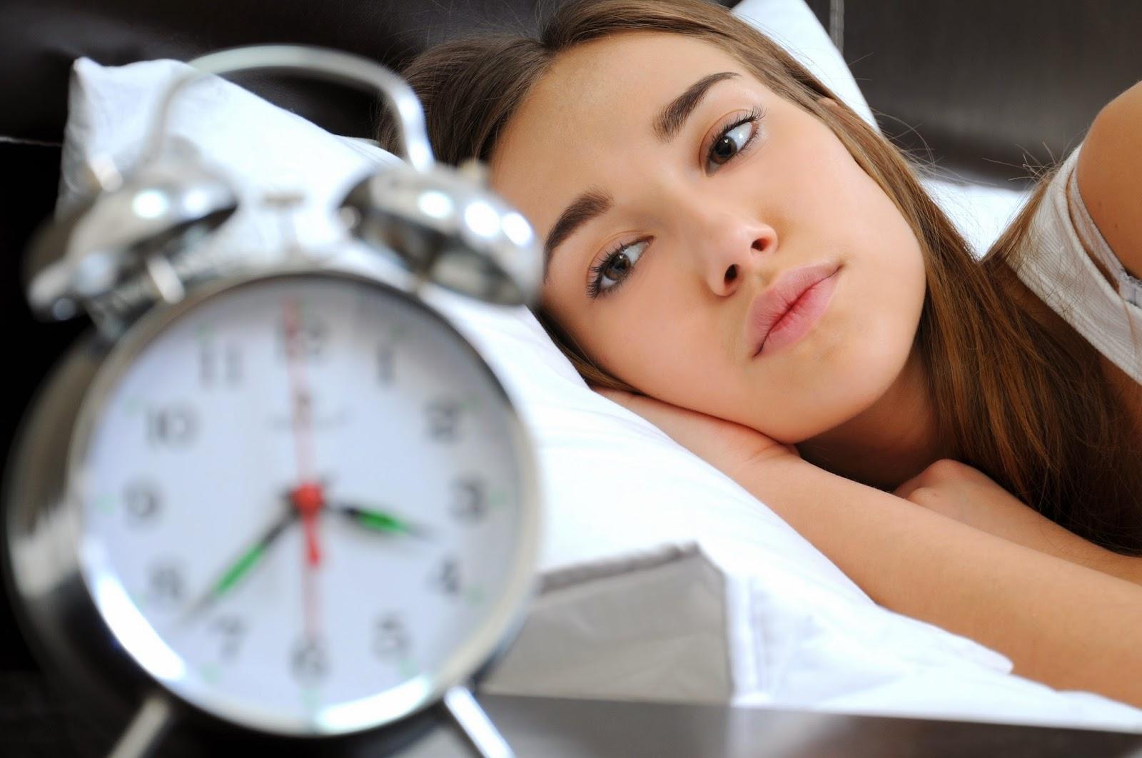 Бессонница сопровождается неровным эмоциональным здоровьем женщины
