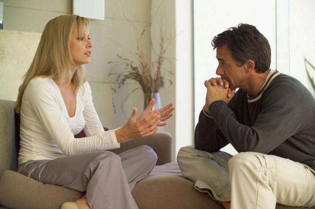 Причины для измены бывают разные, чтобы их выяснить, надо провести беседу по душам