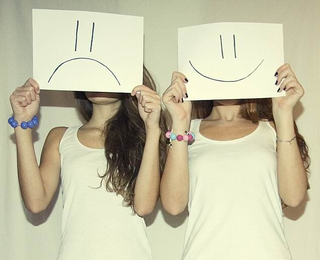 Частые смены настроя свойственны людям с неустойчивой психикой
