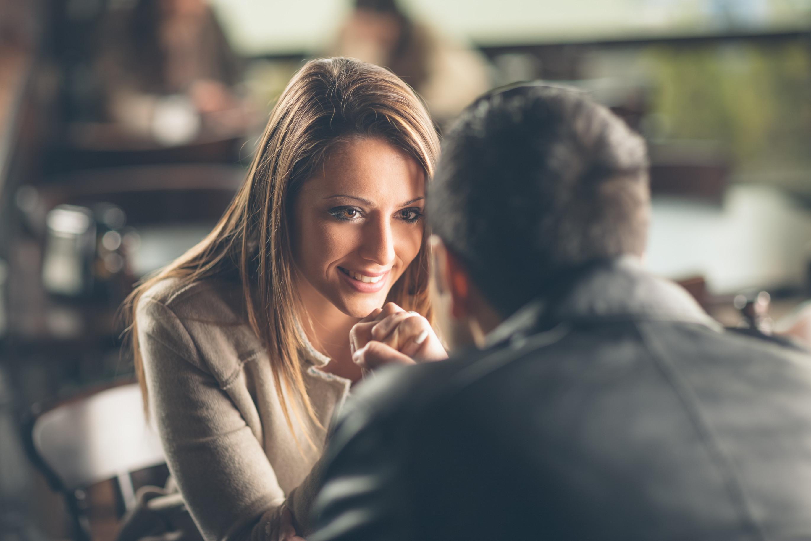 Важно помнить про зрительный контакт