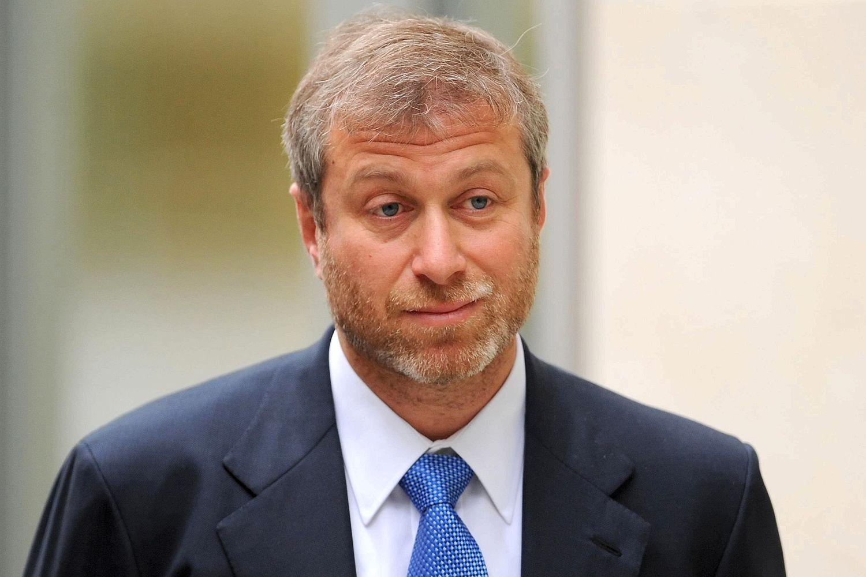 Роман Абрамович – российский миллиардер без высшего образования