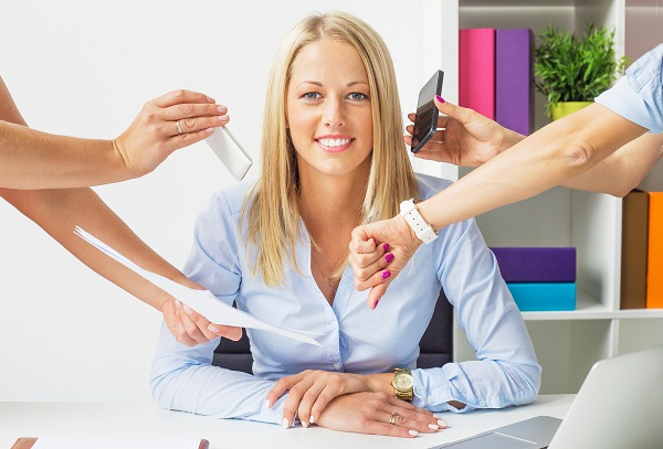 На работе стрессоустойчивость помогает вести деловые переговоры