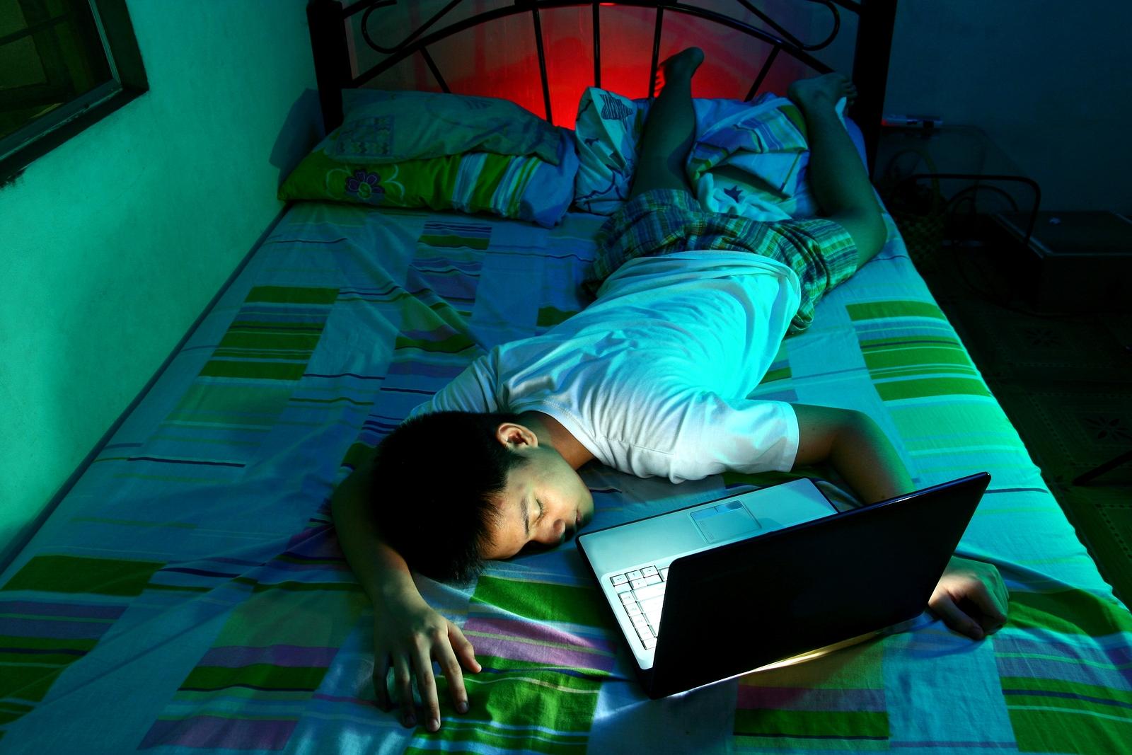 Гаджеты и плохой сон