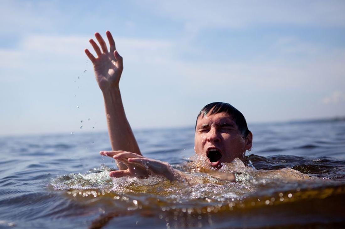 Полученная травма после того, как тонул, может повлиять на возникновение страха воды