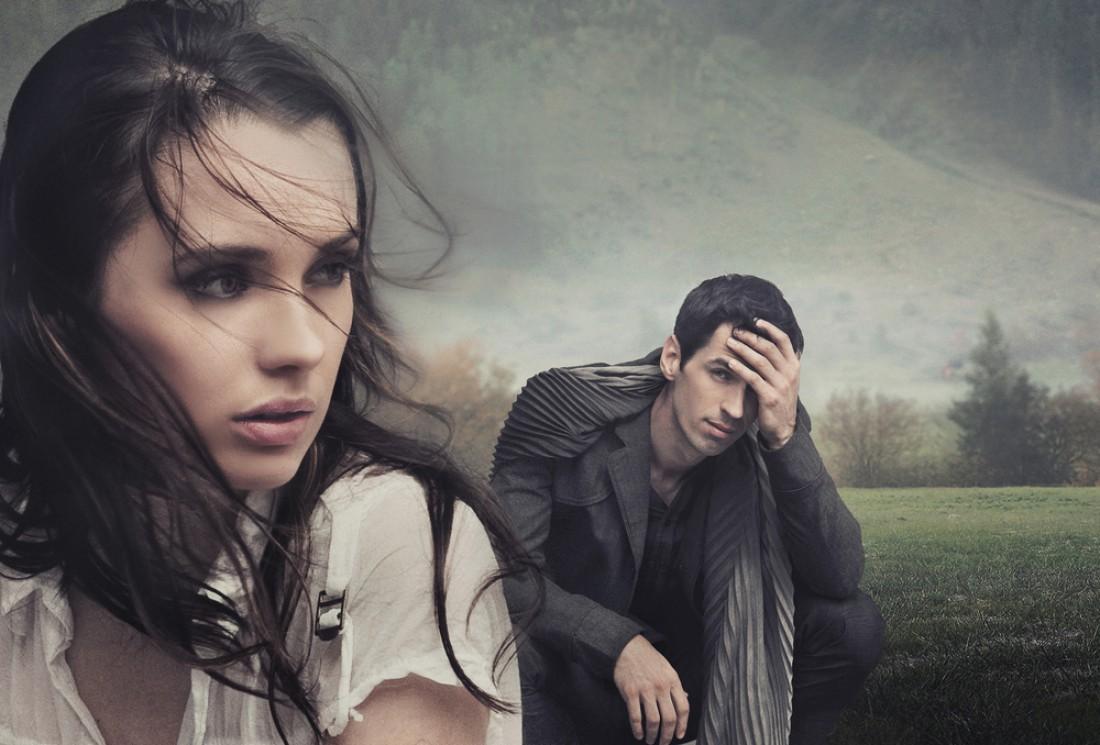 Мужчина страдает от разрыва отношений