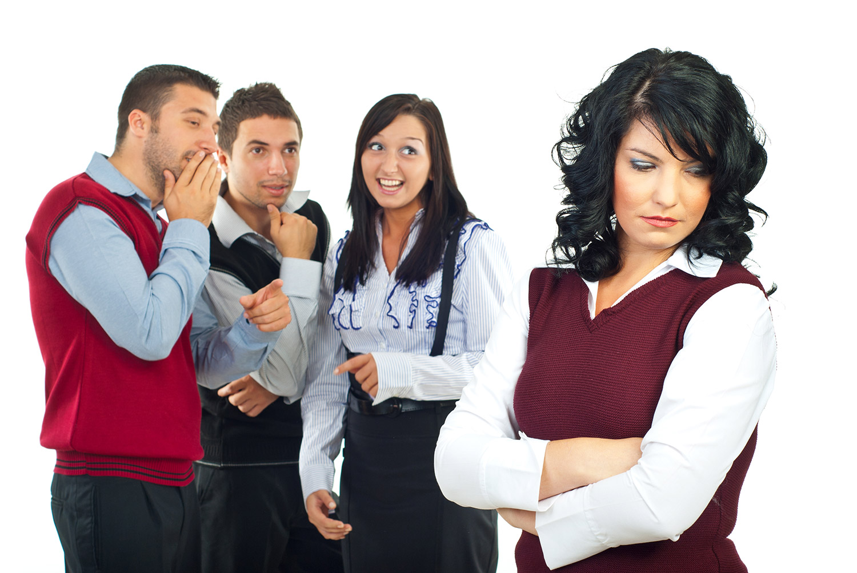 Человек без чувства юмора может обижаться на шутки и не понимать их