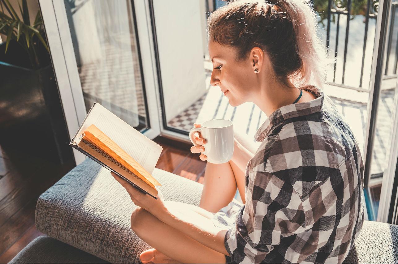Чтение книг с утра «заряжает» на весь день