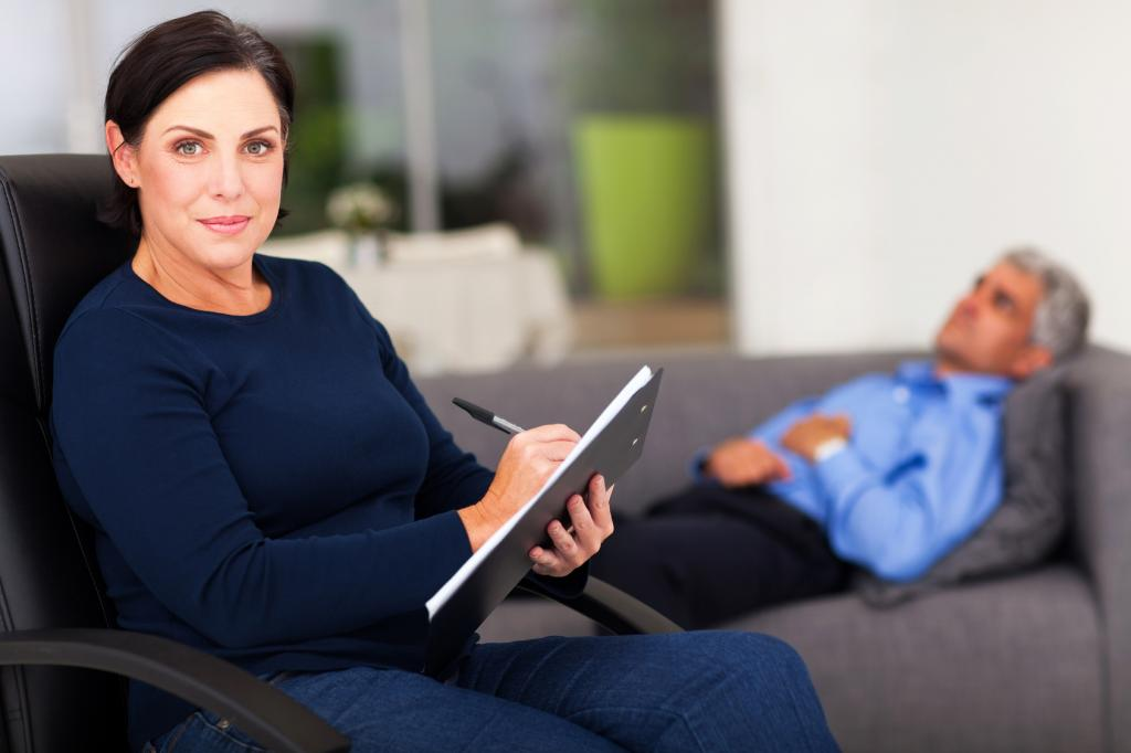Психолог – только опора, работать человеку придется самому