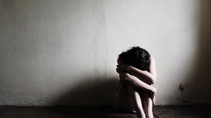 Человек страдает от депрессии