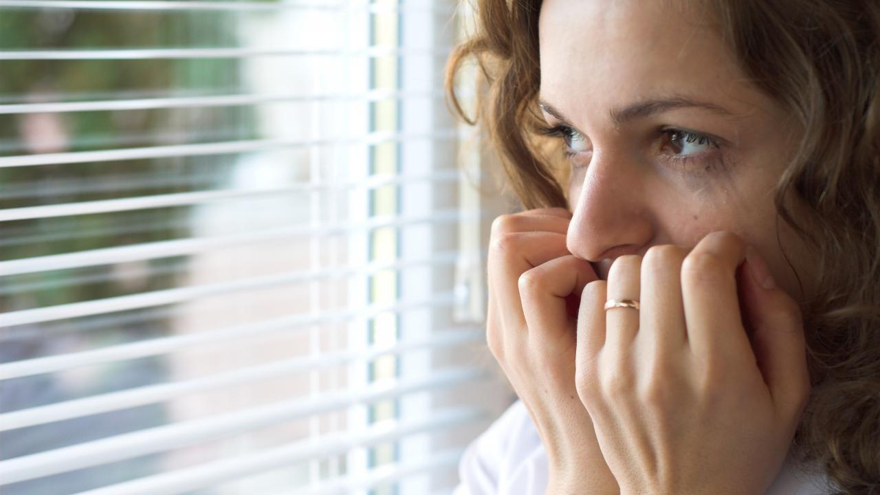 Мизофобия может привести к социальной изоляции