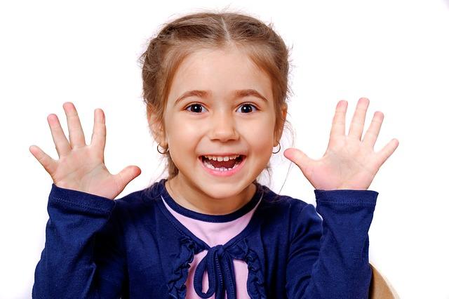 У детей характерные свойства темперамента проявляются более ярко и непосредственно, чем у взрослых