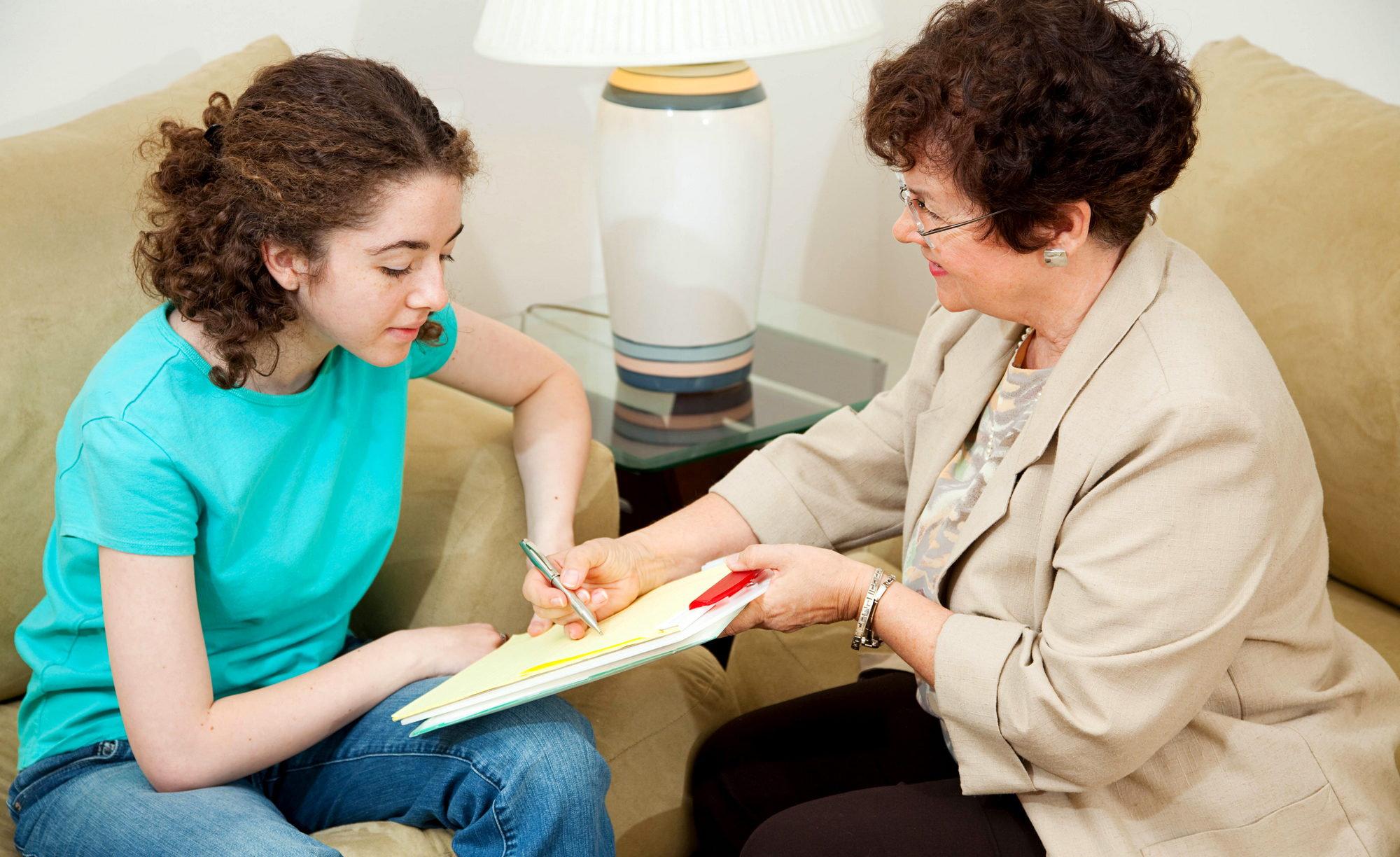 Дополнительно делаются проективные тесты, которые помогут определить подсознательные чувства