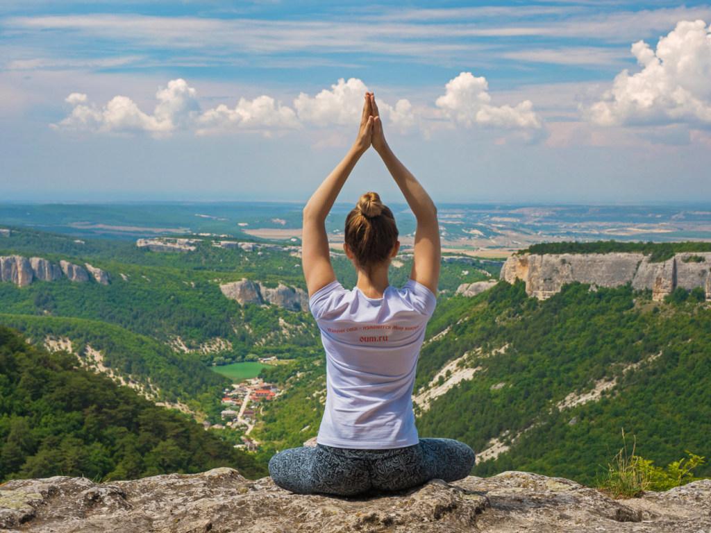 Для снятия эмоционального напряжения и выплеска негатива холерику рекомендуются медитативные практики, спортивные занятия
