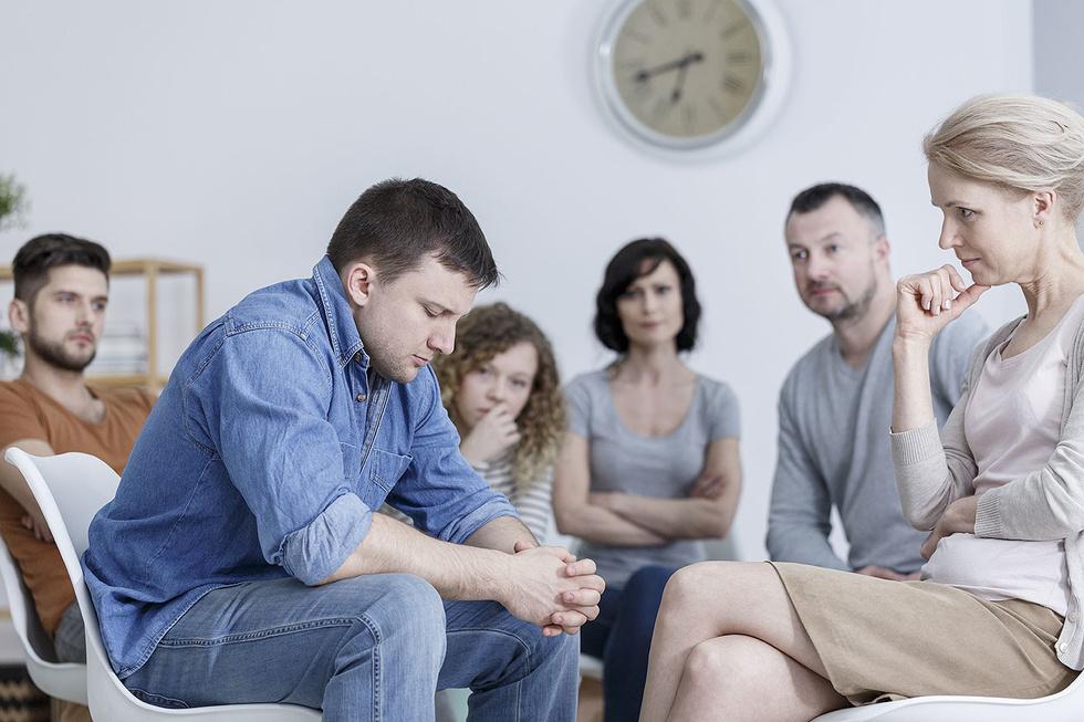 Для сглаживания акцентуации с успехом используются психологические коррекционные приемы, групповые и индивидуальные