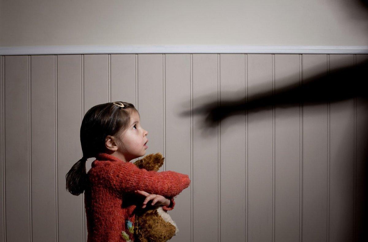 Чаще всего демонстрируют агрессивное поведение родители, злоупотребляющие алкоголем