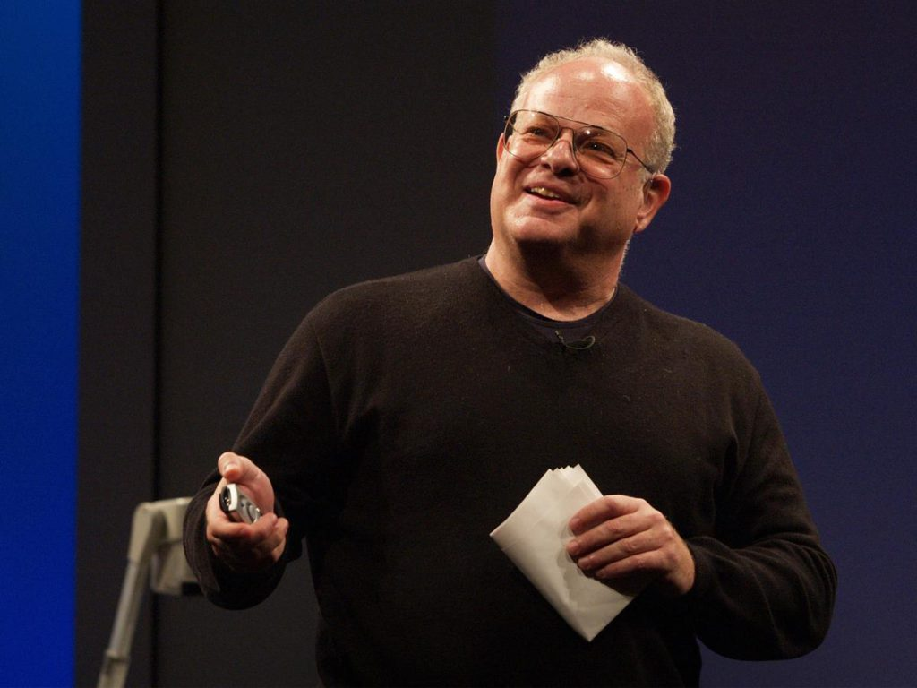 Мартин Селигман проводит одну из своих лекций о позитивной психологии
