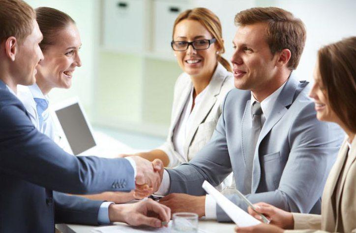 Личности с адекватной самооценкой более успешны в жизни и профессиональной деятельности, чем люди с необъективным отношением к себе