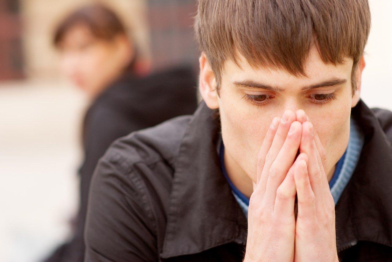 Чрезмерная застенчивость – признак невроза
