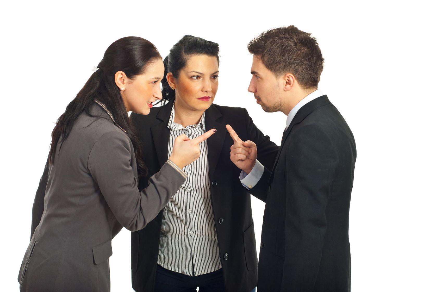 Иногда выяснение отношений требует третьего – нейтрального участника