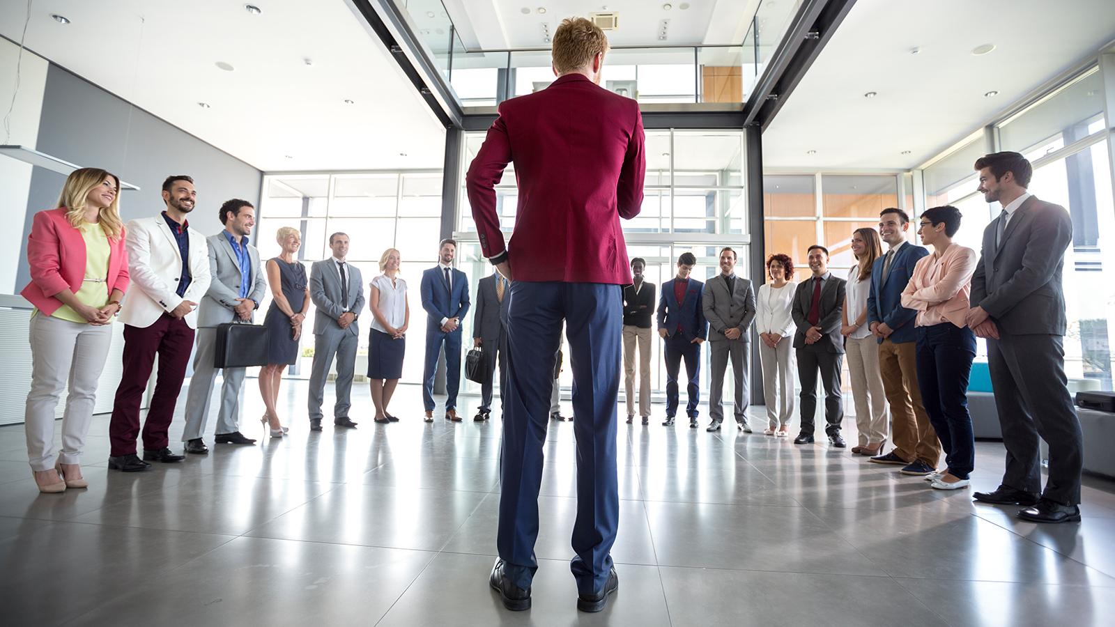 Лидер может отказаться от своей роли и уступить место другому