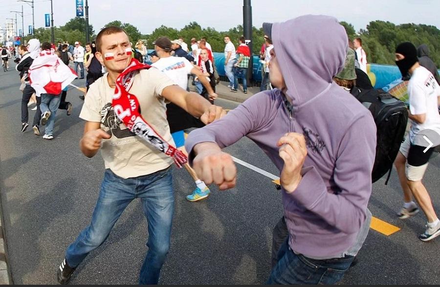 Футбольные фанаты и беспорядки