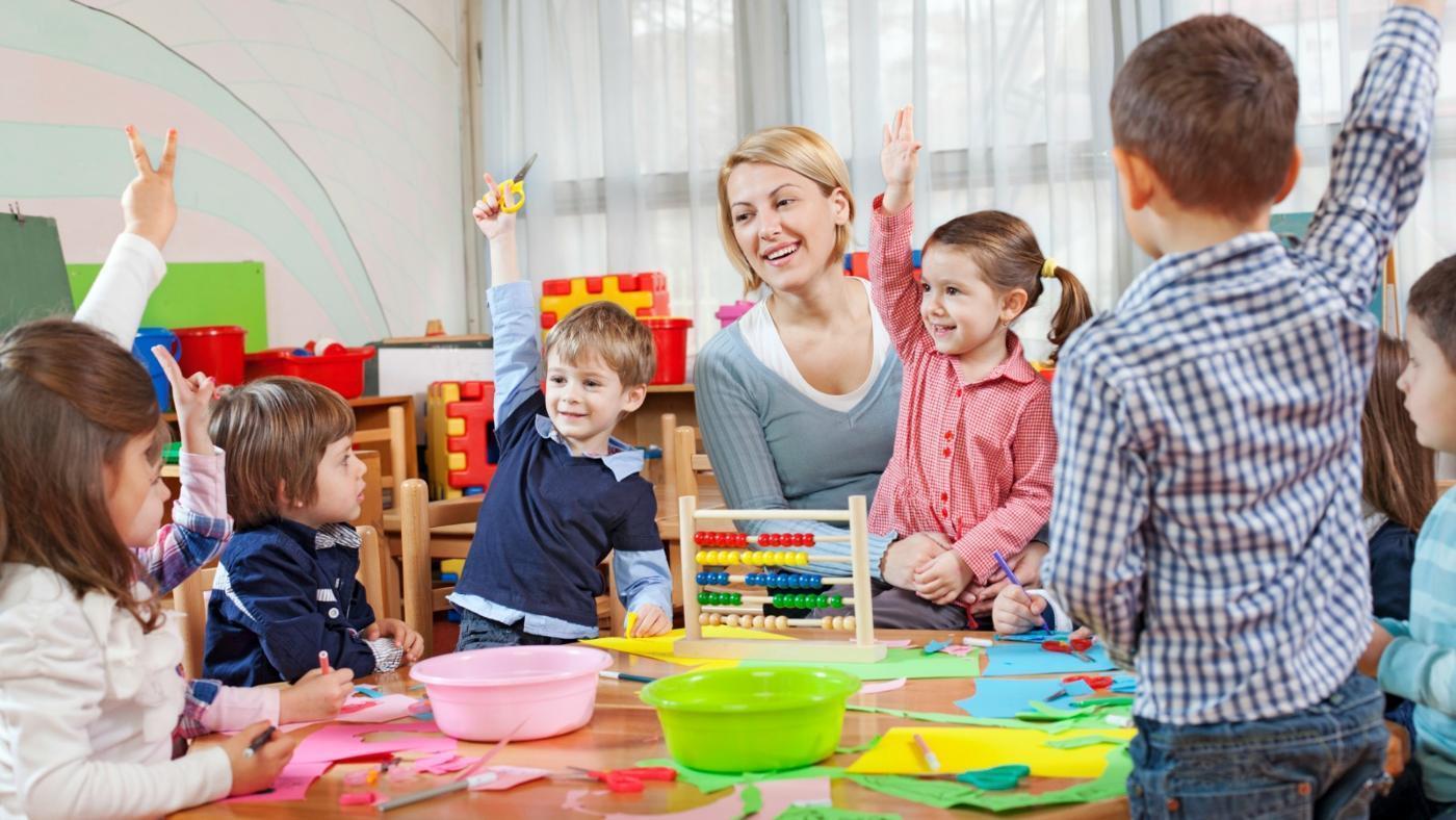 Развивать мышление начинают с детского возраста