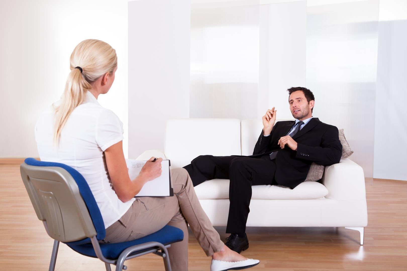 Грамотный психолог регулярно посещает личного специалиста
