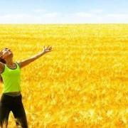 Девушка – жизнерадостная оптимистка