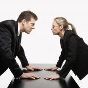 Противостояние может разгореться как между друзьями, так и незнакомыми лицами